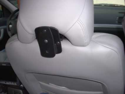 Brodit headrest mount Volvo