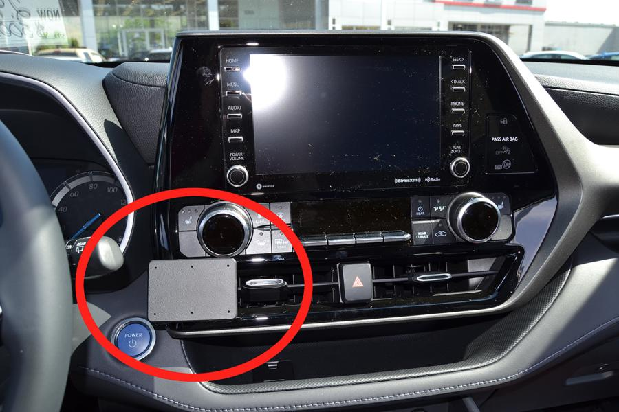 ProClip Toyota Highlander 20- USA Center mount