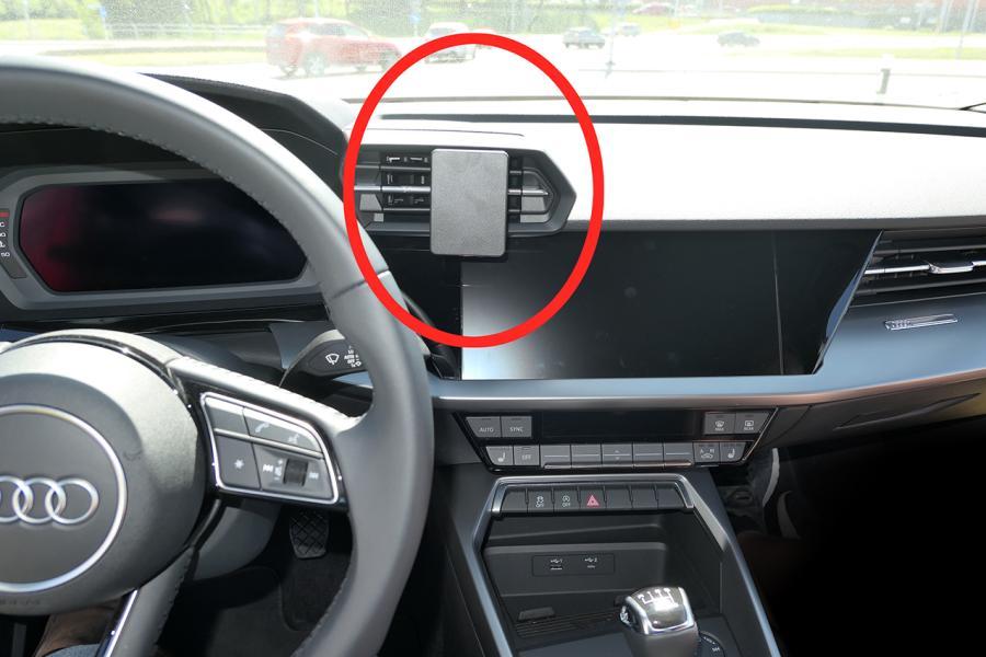 ProClip Audi A3 21- Center mount